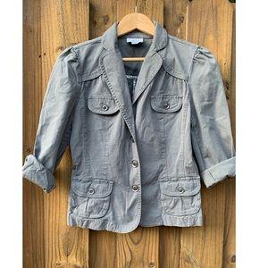 👻 3/55 Ann Taylor LOFT jean jacket size M